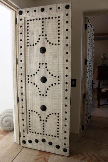 Как реставрировать старые межкомнатные двери
