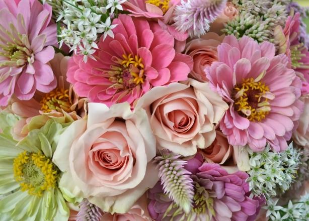 Поздоровлення з 8 березня коханих, жінок, мам, бабусь та вчителів українською мовою - фото №2