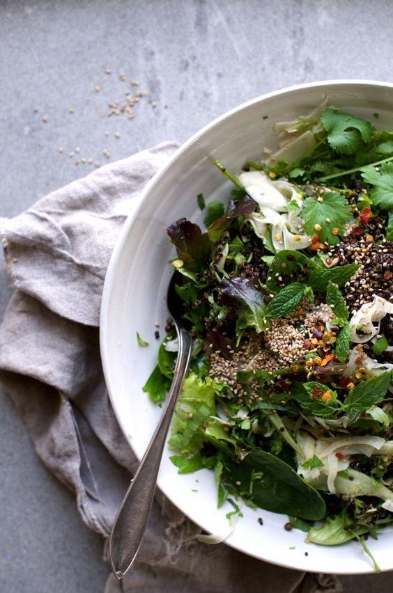 Семечки - здоровое дополнение к салату