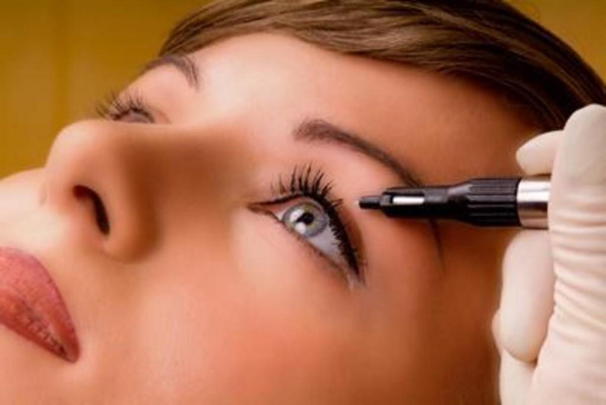 Татуаж глаз: стрелки. Перманентный макияж глаз.