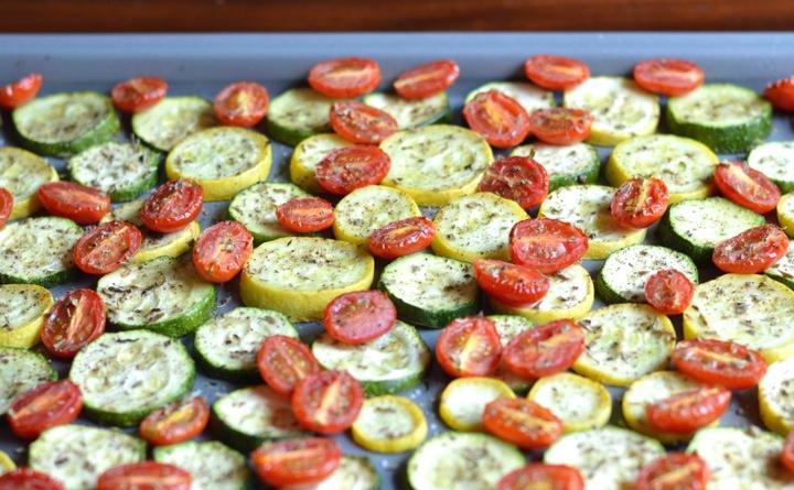 рецепт из кабачков картошки и помидоров в духовке