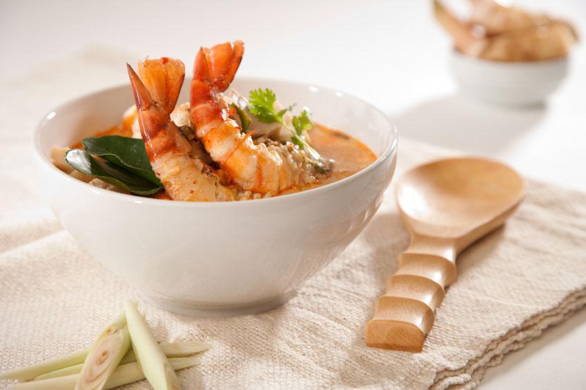 Постное меню: рецепт вкуснейшего супа с креветками - фото №1