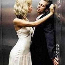 Давай сделаем это по быстрому - секс в лифте секс по быстрому.