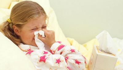 Насморк у ребенка: как лечить?