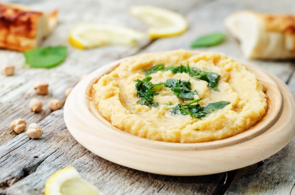 Блюдо, которое избавит от переедания: простой рецепт хумуса - фото №1