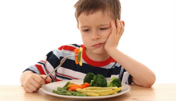 Малыш не хочет есть: что делать?