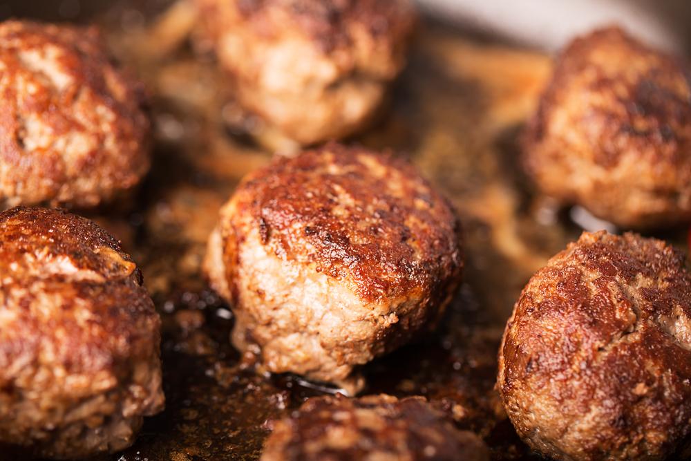 Котлеты «Гнезда»: как оригинально приготовить привычное блюдо - фото №1