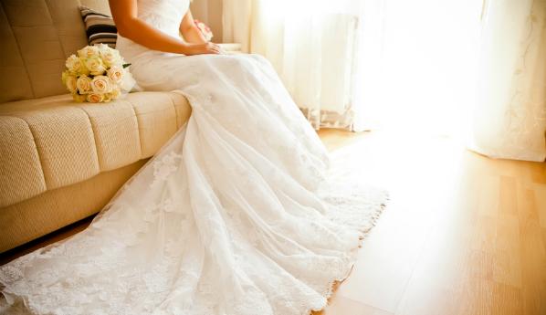 Фото невест блондинок со спины