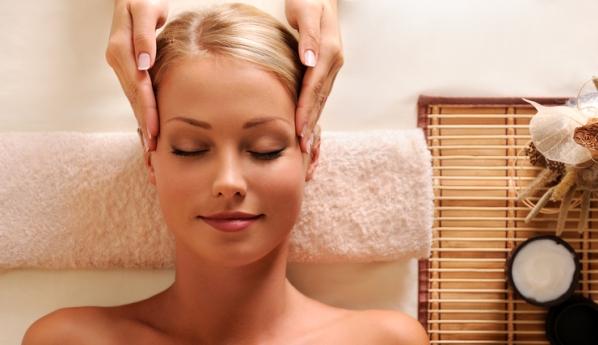 массаж головы. фото