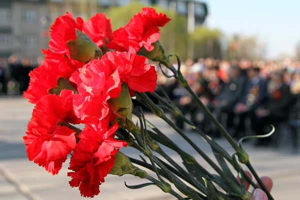 Смс поздравления с Днем Победы 2013