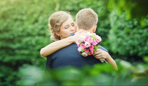 Стоит ли скрывать от мужчины истинные чувства?