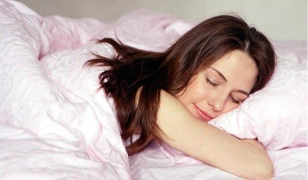 Сюжет сна зависит от позы