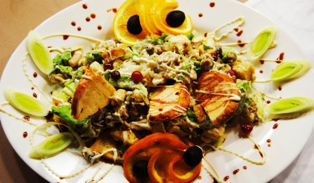 Праздничные салаты: лучшие рецепты