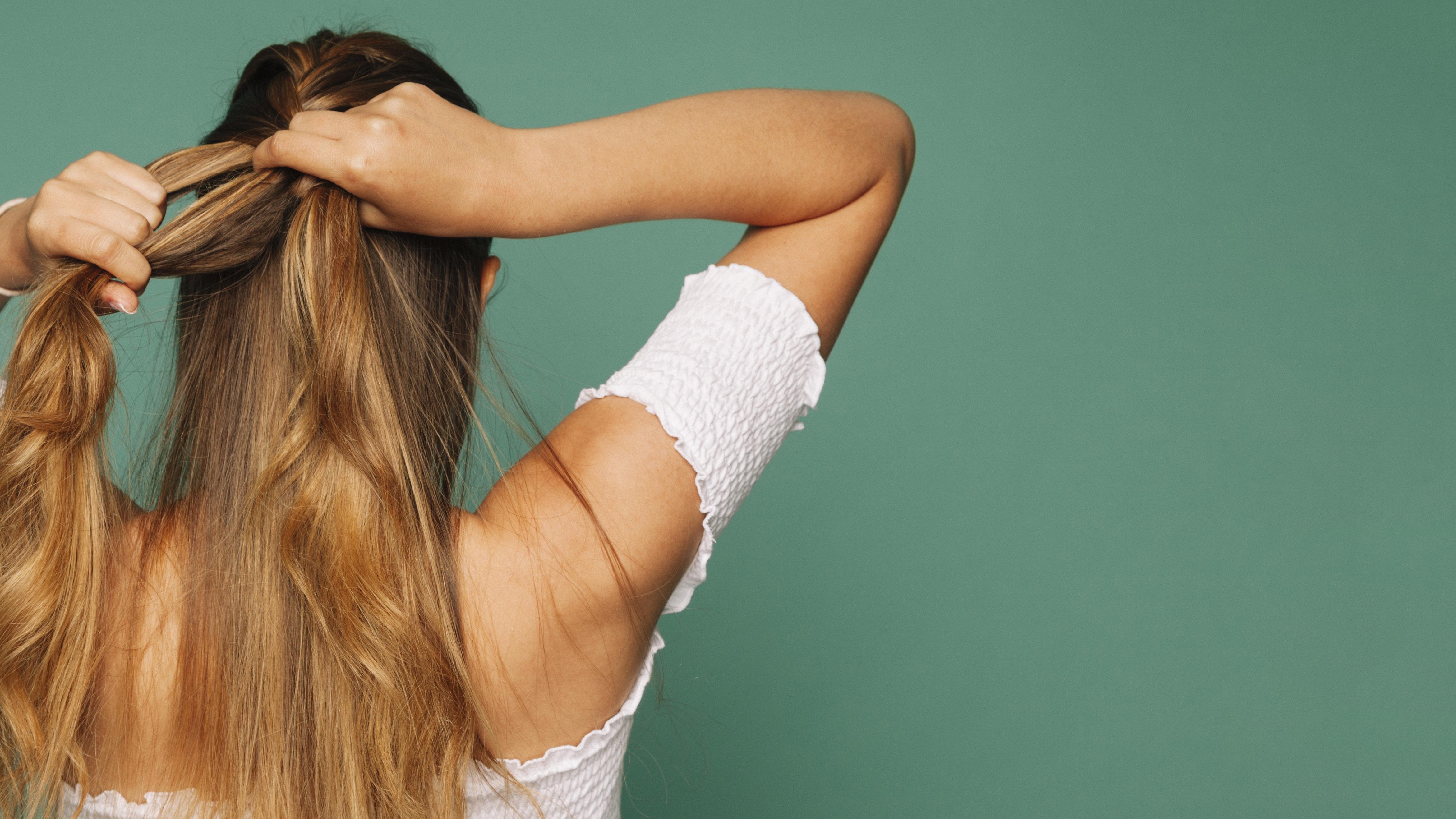 Пять способов осветлить волосы в домашних условиях