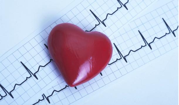 Медики назвали самое опасное для сердца время