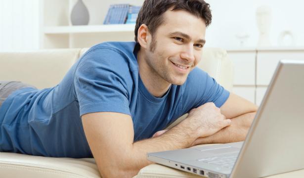 сайт знакомств для молодых людей