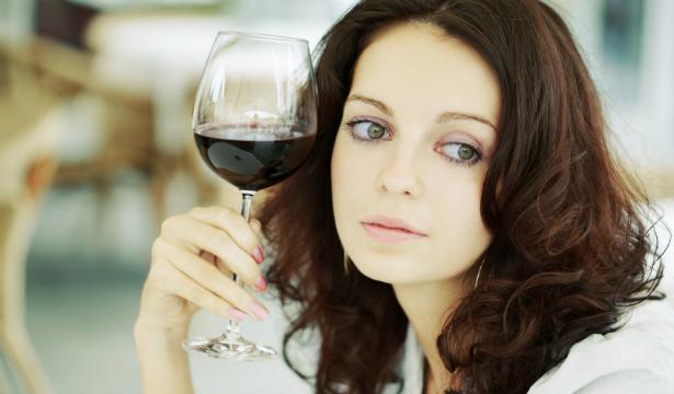Строгие диеты стимулируют развитие алкоголизма