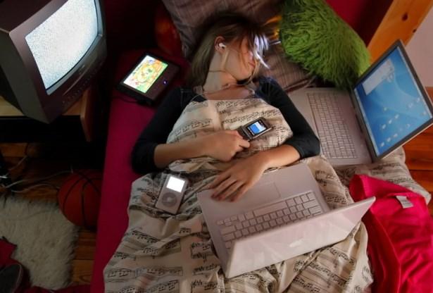 Почему в спальне не должно быть электроники