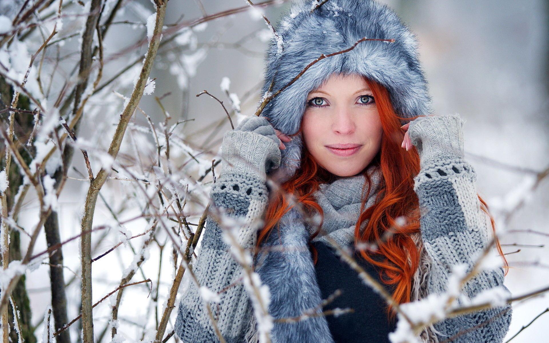 Фото девушек в снегу 22 фотография