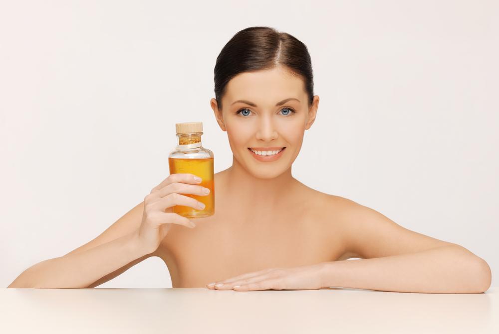 Как применять масло жожоба для красоты кожи и волос