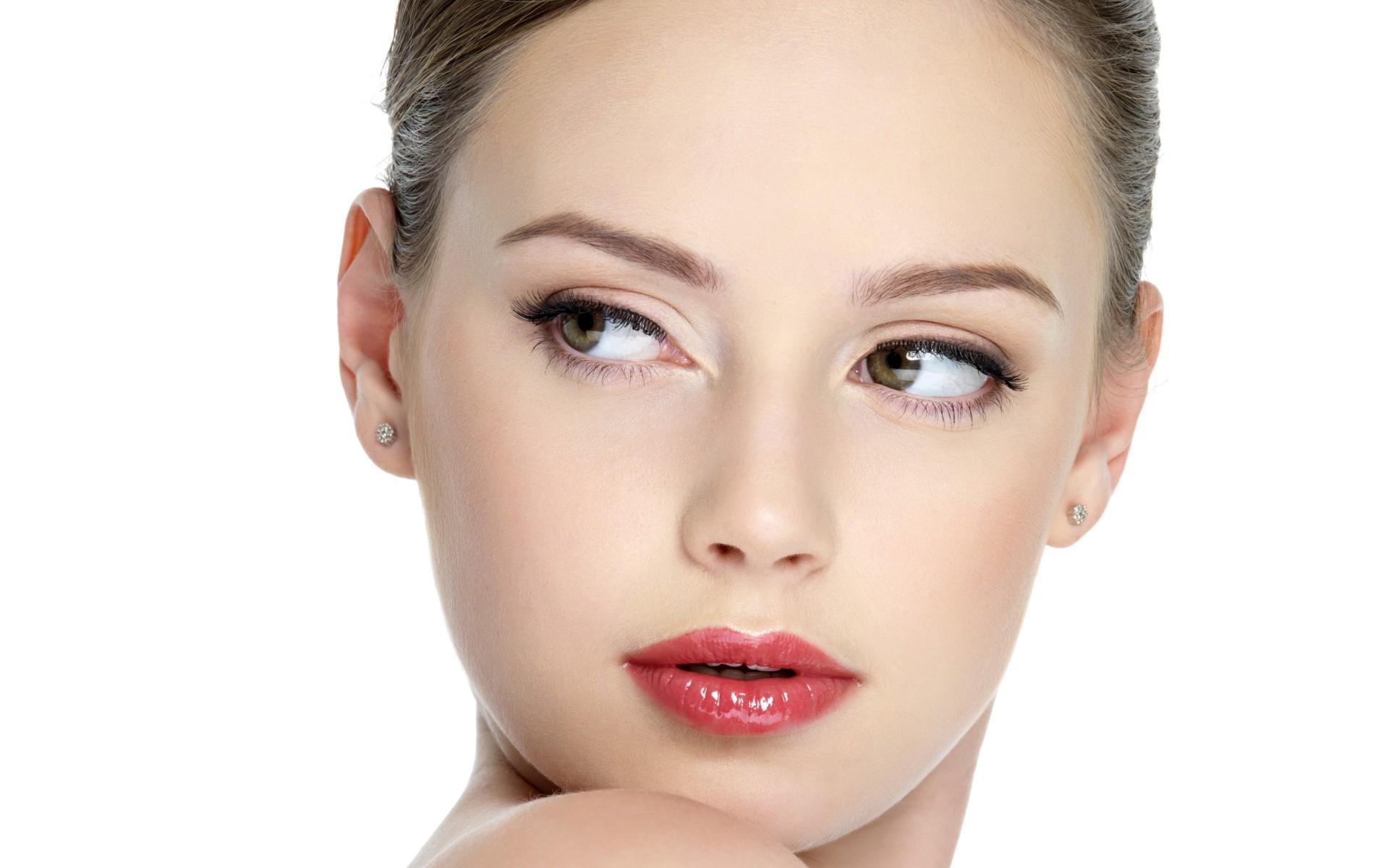 Как правильно сделать дневной макияж в домашних условиях пошаговое