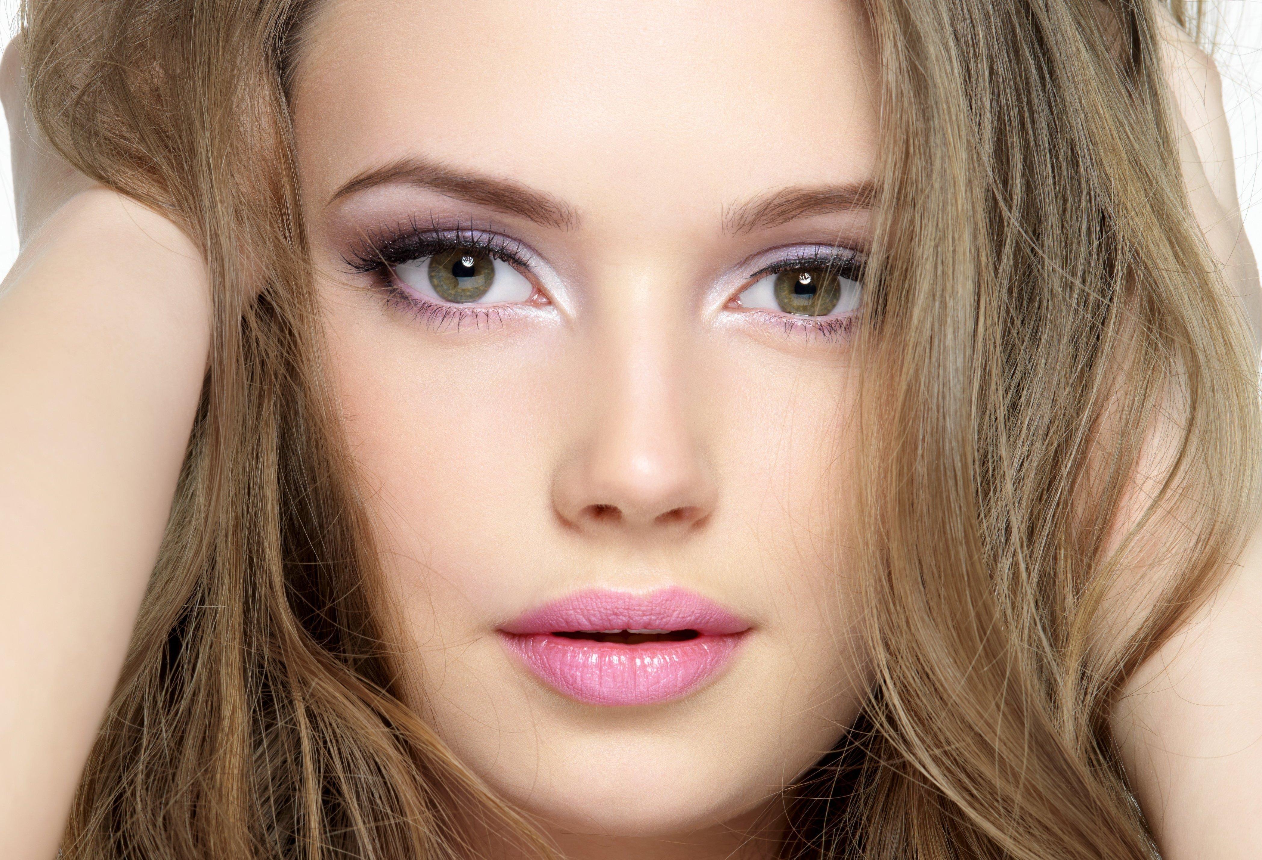Бюджетный макияж: на каких продуктах можно сэкономить