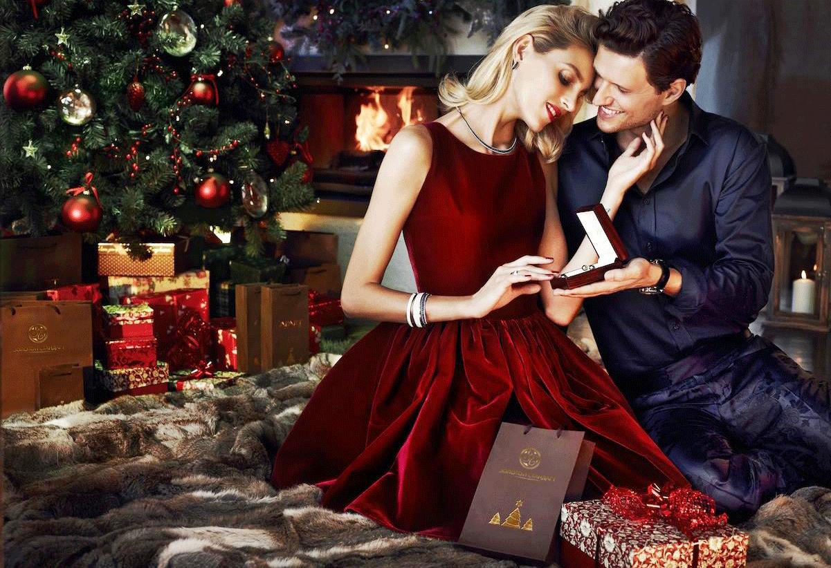 Подарок на новый год виде секса смотреть