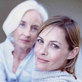 Знакомство с родителями: как понравиться будущей свекрови