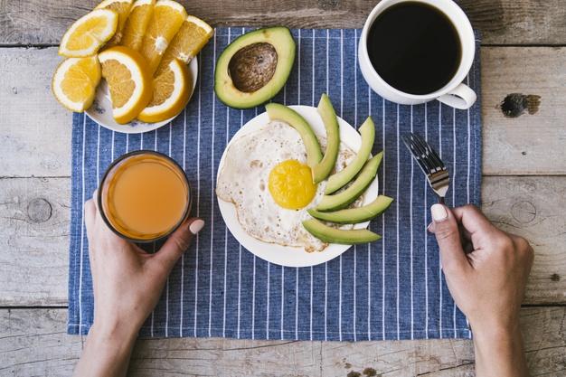 Простые рецепты белкового завтрака для эффективного похудения: 3 варианта
