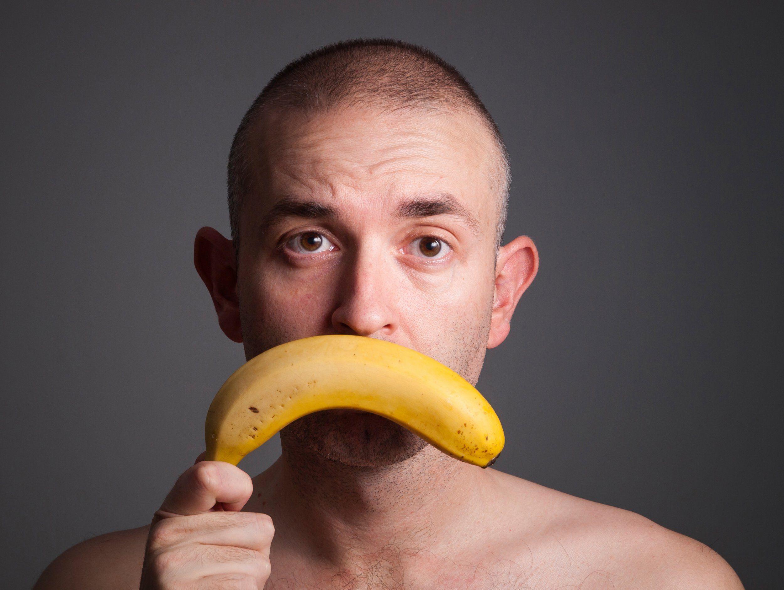 Почему у мужской пол далеко не стоит: в чем причина да что делать, когда у парня не