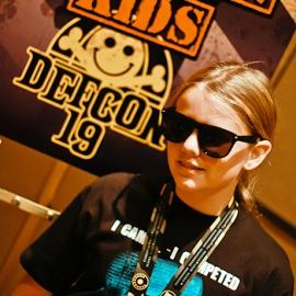 10-летняя девочка утерла нос взрослым хакерам