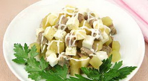Салат из индейки деликатесный