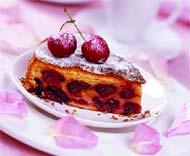 Пирог с черешнями и зефиром