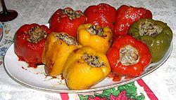 Фаршированный болгарский перец на оливковом масле