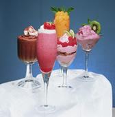 Фруктовый коктейль с мороженым