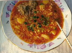 Суп харчо с соусом ткемали
