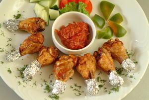 Абрикосово-имбирные куриные ножки (банкетное блюдо)