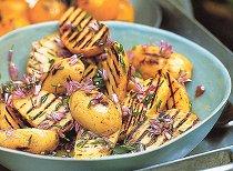 Салат из дыни, арбуза, черники по-восточному