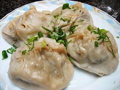 Манты из овощей (блюдо туркменской кухни)