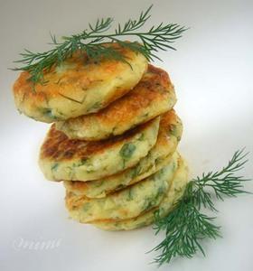 Картофель с икрой и сыром