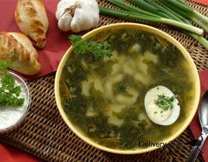 Суп из шпината и щавеля (блюдо латышской кухни)