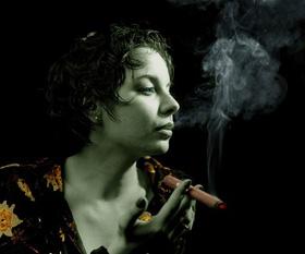 Курение с пользой. Курящим девушкам посвящается...