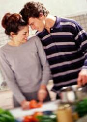 Я перепробовал много средств для мытья посуды, но выбрал одно... жену!