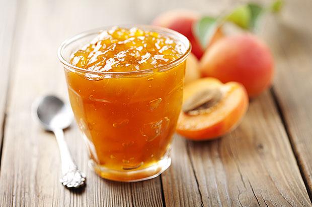 Джем из персиков на зиму: максимально простой и проверенный рецепт - фото №1