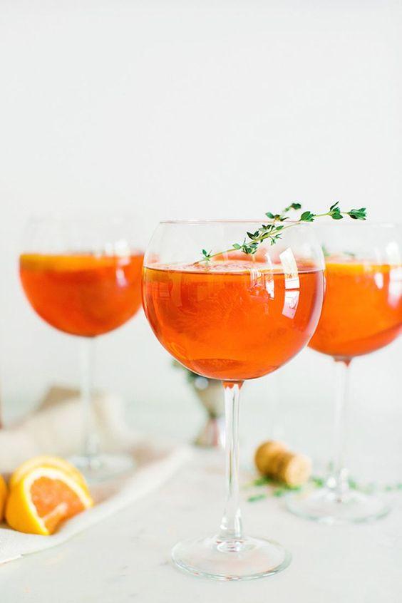 Коктейль «Апероль Шприц»: как приготовить самый популярный напиток, ассоциирующийся с отдыхом - фото №1