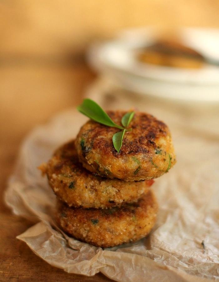 Лососевые котлеты с брокколи и картофелем: запоминаем рецепт полезного блюда - фото №1
