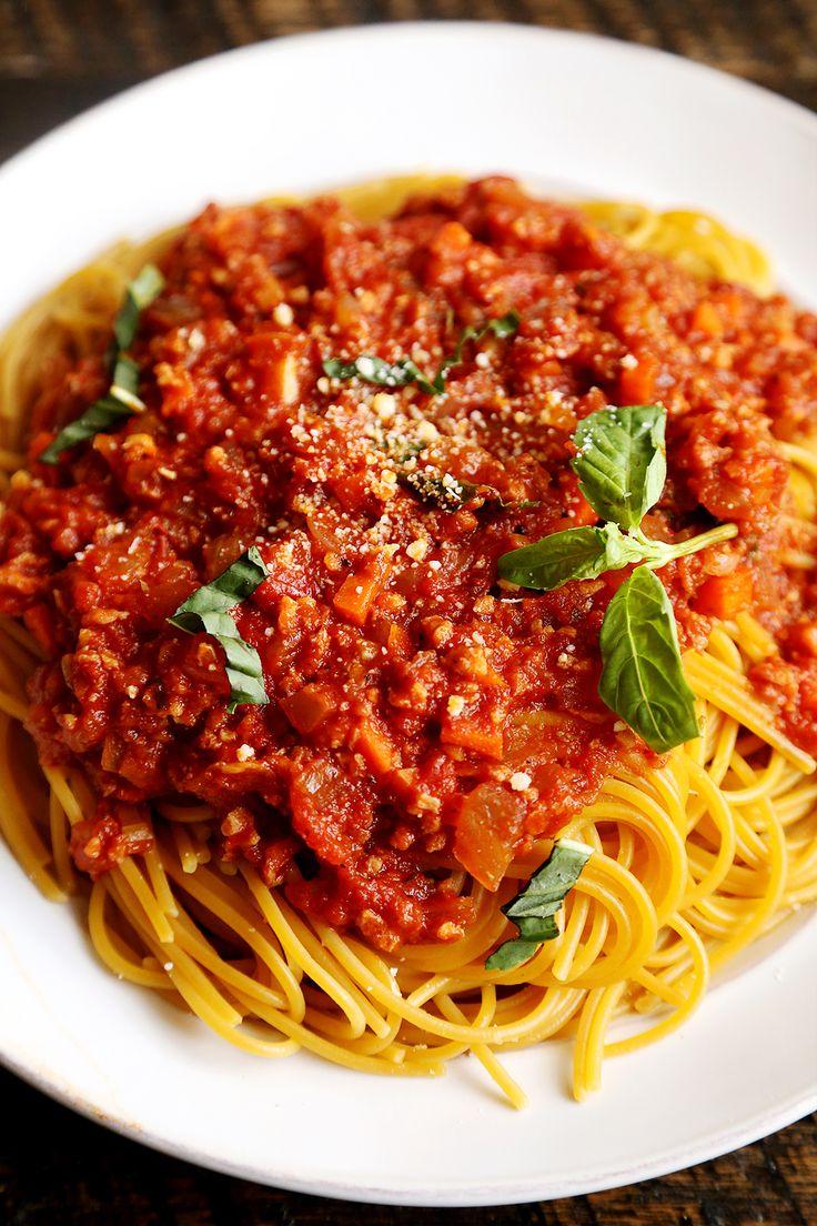 Спагетти болоньезе: как правильно готовить знаменитую пасту - фото №1