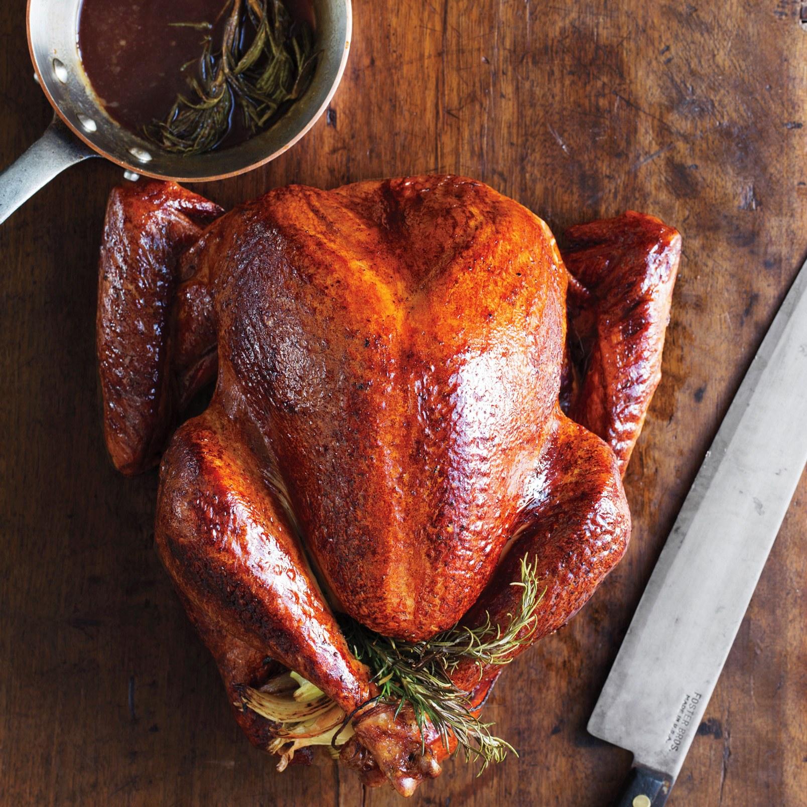 Рождественская индейка: рецепт приготовления в духовке с маленькими хитростями - фото №1