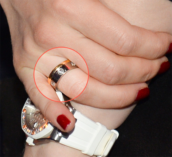 альбина джанабавева кольцо фото