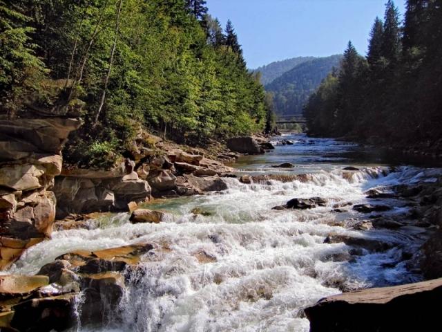 водопад пробий фото